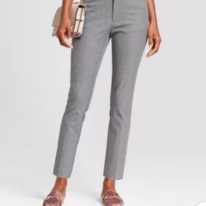 NWT CALVIN KLEIN grey skinny dress pants